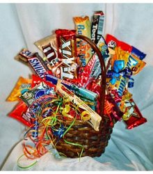 Candy Bar Bouquet from The Posie Shoppe in Prineville, OR